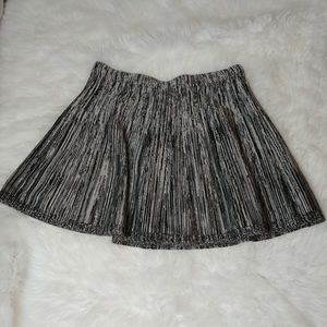 Candies black and white skirt